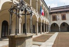 Novara, Broletto immagini stock libere da diritti