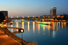 ¼ Novartis - Dreirosenbrà cke à ¼ Brustbeeren Rhein/Basel Stockfoto