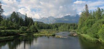 Nove Strbske Pleso See nahe Strbske Pleso in Tatra-Bergen stockfotos