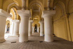 13 november, 2014: Binnen paleis i van Thirumalai Nayakkar Mahal Royalty-vrije Stock Foto's