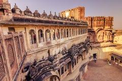 05 november, 2014: Binnenplaats van het Mehrangarh-fort in Jodhpur, Royalty-vrije Stock Afbeeldingen