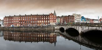 15 november, 2017, Cork, Ierland - Mening van de brug van Heilige Patrick ` s Royalty-vrije Stock Afbeelding