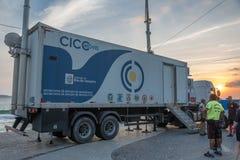 26 November 2016 Den mobila enheten av den inbyggda kommando- och kontrollmitten på Ipanema sätter på land, Rio de Janeiro, Brasi fotografering för bildbyråer