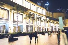 November 15, 2016 - Dubai UAE: Gallerian av emirater, störst shoppinggalleria i världen royaltyfri fotografi