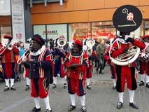 24-November-2018 Haga, holandie, Europa Świętujący przyjazd Holenderski Świątobliwy Nicholas, nazwany Sinterklaas z jego, jak obraz stock