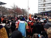 24-November-2018 Haga, holandie, Europa Świętujący przyjazd Holenderski Świątobliwy Nicholas, nazwany Sinterklaas z jego, jak obrazy stock