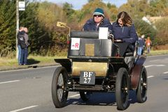 5 November 2017, Hassocks, UK: Cars compete in the London to Bri Stock Photos