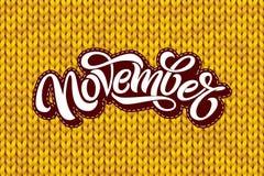 November-het van letters voorzien op gele het breien textuur De moderne borstelkalligrafie met naadloos breit patroon Het vector  royalty-vrije illustratie
