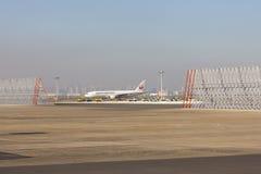 5 November 2015 - Japan Airlines & x28; JAL& x29; flygplan i den Tokyo allmäntjänstgörande läkaren Fotografering för Bildbyråer