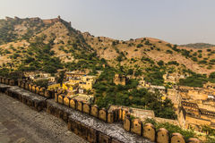 04 november, 2014: Landschap rond Amber Fort in Jaipur Stock Foto's