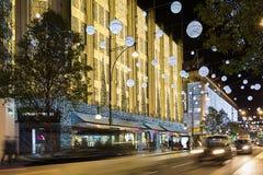 13 November 2014 Oxford gata, London som dekoreras för jul Arkivbild