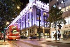 13 November 2014 Oxford gata, London som dekoreras för jul Fotografering för Bildbyråer