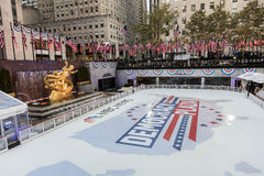 NOVEMBER 8, 2016, ROCKEFELLER CENTER 'DEMOCRACY PLAZA' - ice skating rink for the 2016 Presidential Campaign and News Coverage of. NBC, Rockefeller Center, New stock images