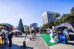 25 november, 2018 San Jose/CA/de V.S. - Ingang aan stock foto's
