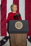 NOVEMBER 7, 2016, SJÄLVSTÄNDIGHETKORRIDOR, PHIL , PA - Hillary Clinton Holds Election Eve Get, ut som rösta samlar med Bruce Spri Royaltyfria Bilder