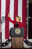 NOVEMBER 7, 2016, SJÄLVSTÄNDIGHETKORRIDOR, PHIL , PA - Hillary Clinton Holds Election Eve Get, ut som rösta samlar med Bruce Spri Royaltyfri Foto