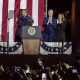 NOVEMBER 7, 2016, SJÄLVSTÄNDIGHETKORRIDOR, PHIL , PA - räkningen och Chelsea Clinton Mezvinsky och den presidentsfruMichelle Obam Royaltyfria Bilder
