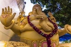 11 november, 2014: Standbeeld van deity Ganesha in een tempel in Bedelaars Royalty-vrije Stock Fotografie