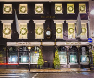 13. November 2014 Tiffany-Shop auf neuer Bondstraße, London, Dekorum Lizenzfreie Stockfotografie
