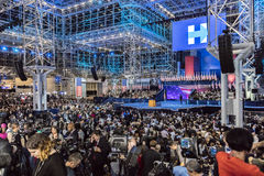 8 NOVEMBER, 2016, Verkiezingsnacht in Jacob K Javitscentrum - trefpunt voor Democratische presidentiële de verkiezingsni van beno Royalty-vrije Stock Afbeelding