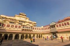 3 novembre 2014: Cortile del palazzo reale di Jaipur, Indi Immagine Stock