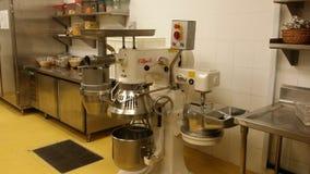 11 novembre 2016, Kuala Lumpur L'équipement moderne de cuisine d'hôtel Image libre de droits