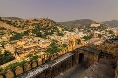 4 novembre 2014: Paesaggio intorno ad Amber Fort a Jaipur Fotografia Stock Libera da Diritti