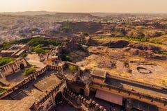 5 novembre 2014: Paesaggio intorno alla fortificazione di Mehrangarh in Jodhp Fotografia Stock Libera da Diritti