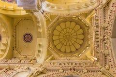 13 novembre 2014: Soffitto del pala di Thirumalai Nayakkar Mahal fotografia stock