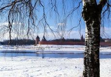 Novgorod el Kremlin en primavera temprana Fotos de archivo libres de regalías