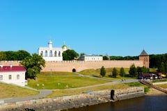 Novgorod a grande, vista da citadela Fotos de Stock Royalty Free