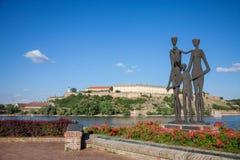NOVI SAD, SERBIE - 11 JUIN 2017 : Monument consacré aux victimes du Shoah en Serbie devant la forteresse de Petrovaradin Image stock