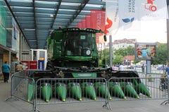 Novi Sad, Serbien, 20 05 2018 angemessen, Erntemaschine John Deere Stockbilder