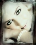Novia de ojos verdes - final de la vendimia Foto de archivo libre de regalías