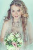Novia hermosa en alineada de boda foto de archivo libre de regalías