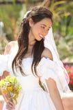 Novia joven hermosa en su día de boda fotos de archivo libres de regalías