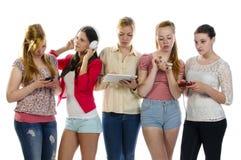 Novias que agujerean el tiempo libre Fotos de archivo libres de regalías