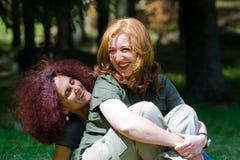 Novias que se relajan Fotografía de archivo