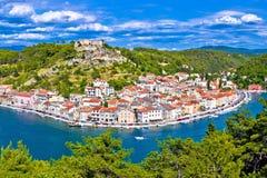 Novigrad Dalmatinski zatoki i nabrzeża widok zdjęcia stock