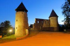 Novigrad na Dobri Castle nära Karlovac, Kroatien Royaltyfri Fotografi