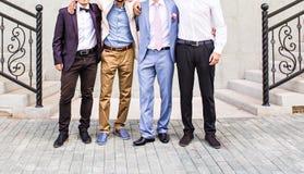 Novio With Best Man y padrinos de boda en la boda Fotografía de archivo libre de regalías
