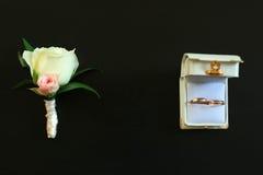 Novio del boutonniere de los accesorios de la boda Fotografía de archivo libre de regalías