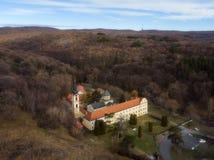 Novo Hopovo monaster blisko Irig, Serbia obrazy stock