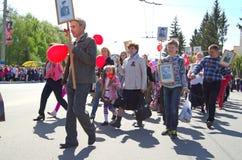Novocheboksarsk Ryssland - Maj 9, 2016: Beröm av Victory Da Arkivbilder