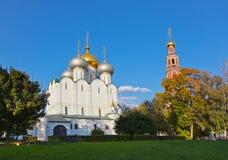 Novodevichiy kloster i Moscow Ryssland Arkivbilder