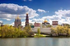 Novodevichy女修道院的看法在莫斯科 库存照片