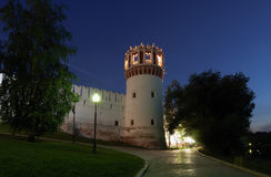 Novodevichy女修道院(在晚上),莫斯科,俄罗斯 库存图片