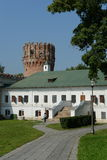 Novodevichy Bogoroditse-Smolensky修道院-正统女修道院在Devichie领域的莫斯科在Moskva河的弯的 库存图片