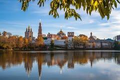 Novodevichyklooster, Moskou, Rusland Stock Afbeeldingen