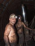 Novogrodovka Ukraina - Januari, 18, 2013: Gruvarbetarna i minuten Arkivbilder